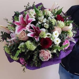 Сборный букет розы и лилии с оформление R139