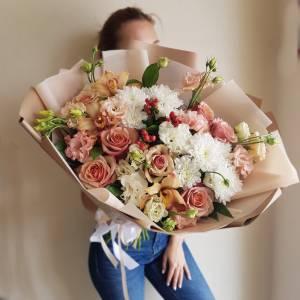 Большой букет хризантемы, розы и орхидеи R1121