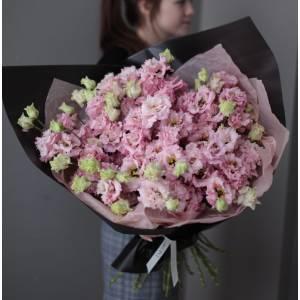 Букет 51 ветка розовой эустомы в упаковке R1110